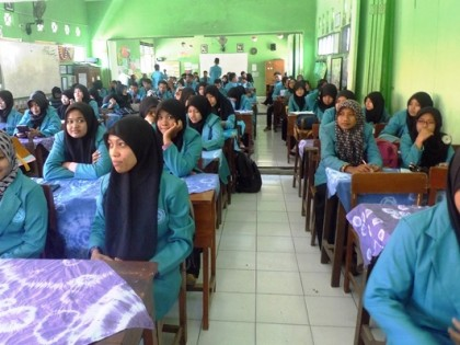 Mahasiswa Prodi PAI dan PGMI  Melakukan Kunjungan ke MIN  Medokan Ayu Rungkut Surabaya