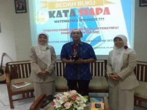 Program Studi PGMI Universitas Alma Ata Membangun Semangat Publikasi Karya Ilmiah Melalui Bedah Buku