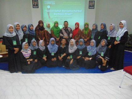 """Seminar Dan Workshop Nasional 2017 """"Hidup Sehat Bersama Herbal"""""""