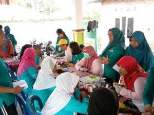 Senam, Pemeriksaan kesehatan dan konseling kesehatan di Monumen Absari Kalirandu, Bangunjiwo Kasihan.