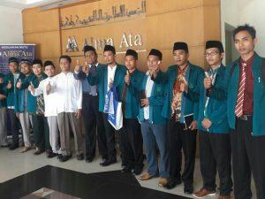 Studi Banding Sekolah Tinggi Ilmu Syariah  (STIS) Pamekasan  ke Fakultas Agama Islam Unversitas Alma Ata