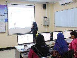 Teknik Informatika UAA Melatih 31 Pelaku Industri Rumahan Memanfaatkan ICT