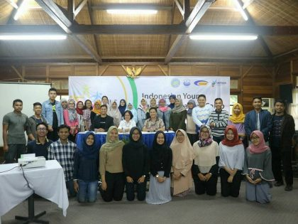 Mahasiswa Program Studi Gizi Universitas Alma Ata mengikuti Indonesian Young Nutrition Leaders Camp
