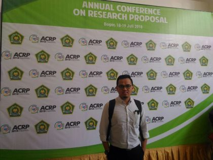 Presentasi 3 Dosen FAI UAA di ACRP yang diselenggarakan oleh KEMENAG