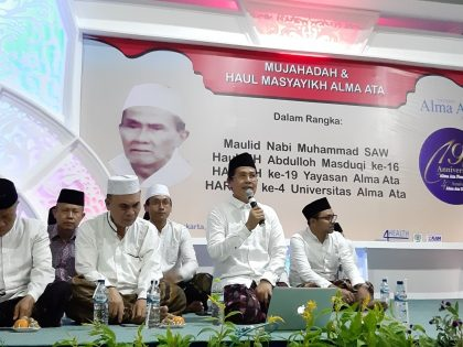 Along with the Commemoration of the Prophet Muhammad SAW Birthday, Alma Ata Celebrates Its 4th Anniversary by carrying out the night of Mujahadah and Khataman Al-Quran.